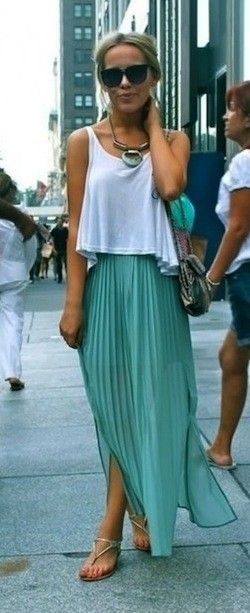 How To Wear Crop Top With Long Skirt