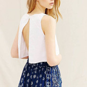 fashion-style-open-back-top-short-06